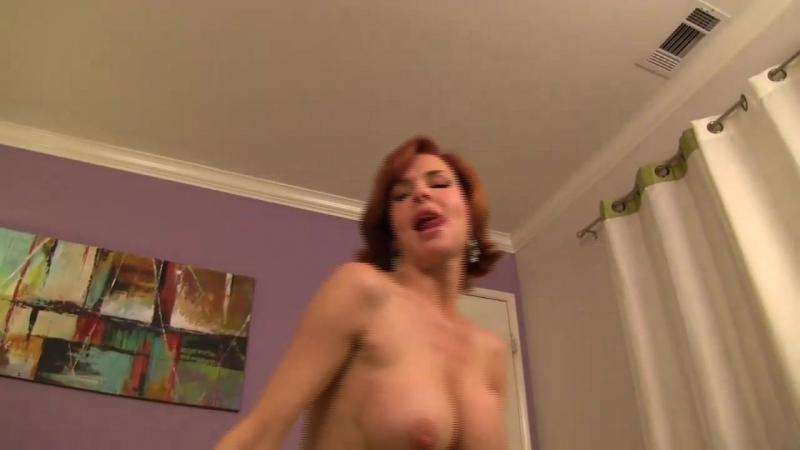 Veronica Avluv 01