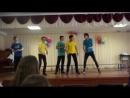 Танец мальчиков на последний звонок. 8 Б