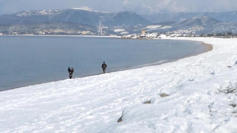 La plage de Porticcio sous la neige 18 cm