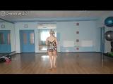 Сочная подруга танцует и виляет попой (танец прикол ржач смешно шевелит булками попа жопа подруга студентка скачать бесплатно)