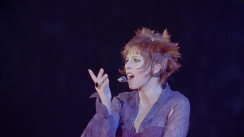 Mylène Farmer - Désenchantée (Live the Avant que l'ombre… à Bercy Tour, 2006)