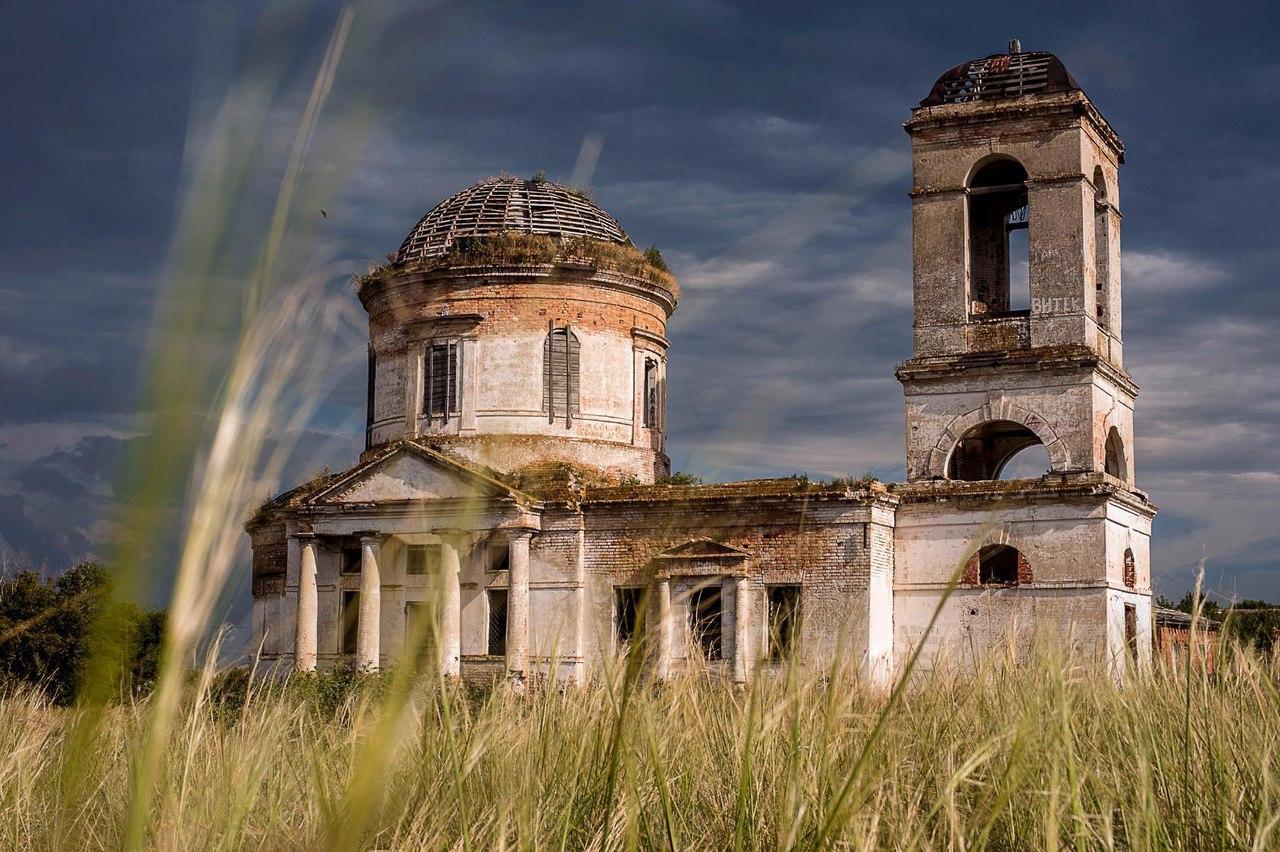 Храм в селе Ахмат