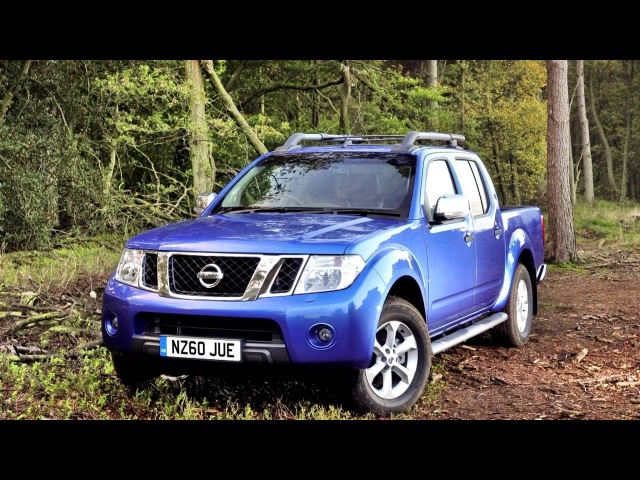 Nissan Navara Double Cab UK spec D40 2010–