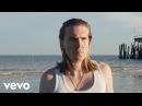 Alex Cameron - Runnin Outta Luck Official Video