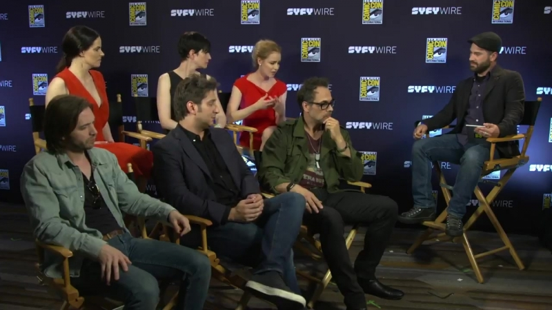 Интервью с кастом | 12 Обезьян | 12 Monkeys Cast Preview Finale and Whats to Come - San Diego Comic-Con 2017