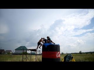 10 000 ЛИТРОВ КОКА-КОЛА + МЕНТОС 10 000 liters of Coca-Cola + Mentos