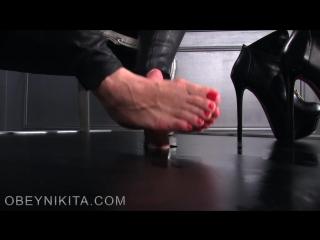 Mistress Nikita Footjob / Foot Licking / Foot Fetish