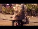 уличный музыкант в Питере,исполнение по моей просьбе!))