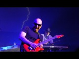 Joe Satriani - Thunder High On The Mountain - G3 2018