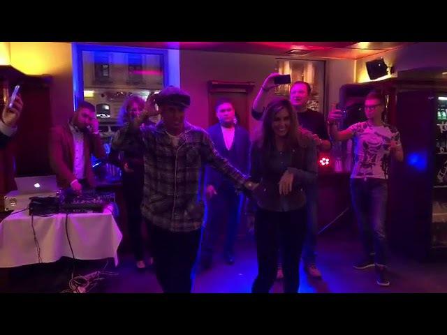 Павел Прилучный и Агата Муцениеце танцуют на дне рождения Павла