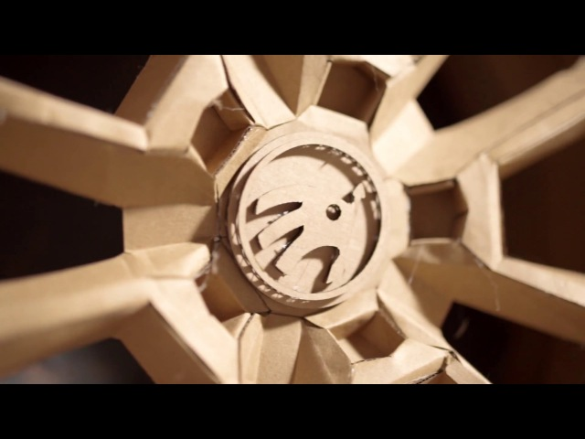 The making of the Skoda cardboard Karoq car