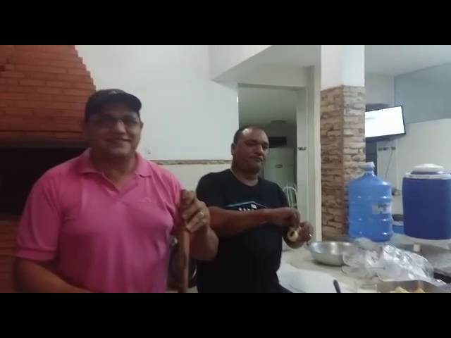 Piada: Lula e Fidel Castro. Lula bêbado.