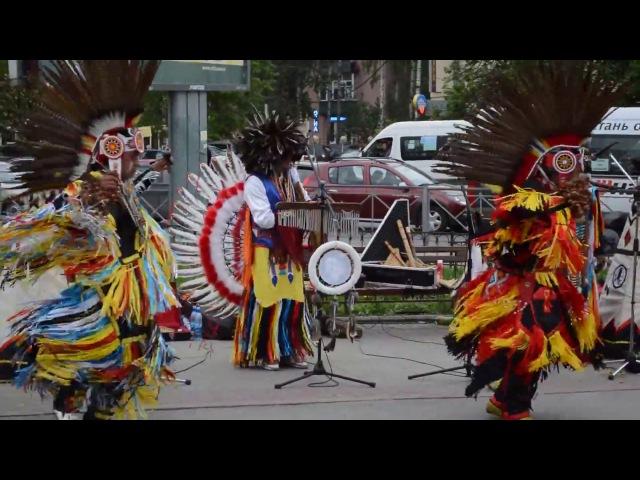 2013 г Индейцы в России Wuauquikuna Ponchito