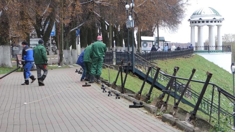 Мы наш, мы новый мир построим... Сегодня на набережной Ярославля