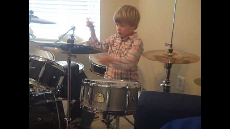 Amazing 5 year old drummer LOGAN ROBOT GLADDEN