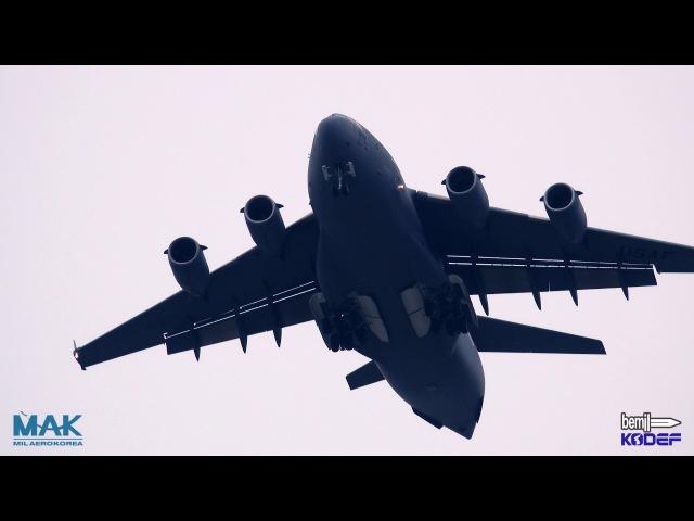 [BEMIL 현장취재] 서울 ADEX 2017, C-17 글로브마스터 수송기의 시범비행