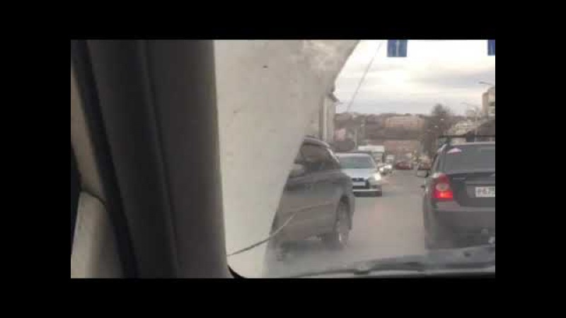 ДТП Красноярск. Перекрёсток Мира и Вейнбаума. Возле ТЦ Авеню. Ваз-2109 и Nissan Tida
