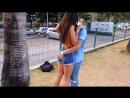 COMO BEIJAR GAROTAS DESCONHECIDAS USANDO UM PAPEL KISSING GIRLS