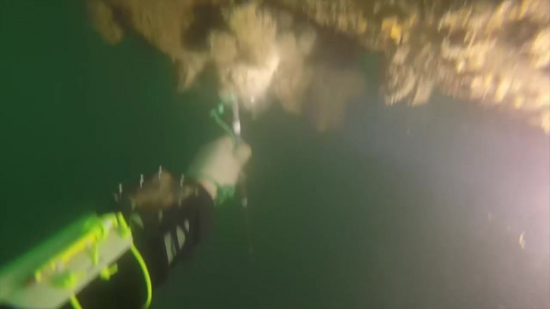 МЧС России- работы по затоплению газопровода (Дюкер) в Севастопольской бухте