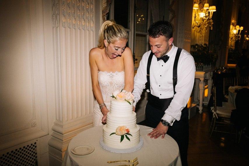 0hstQGEUApU - Детали красивой свадьбы: старое, новое, голубое и взятое взаймы