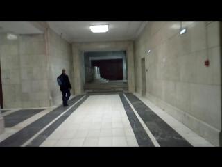 проход по общежитию МГУ