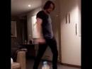 Зак танцует с Зак танцует с автором песен Джеффом Варбуртоном Geoff Warburton соавтором Шона Мендеса