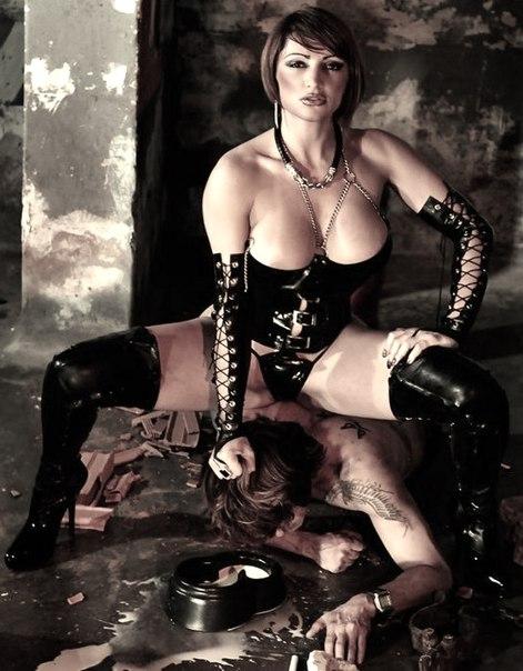 seks-fotografii-gospozha-i-ee-ram-muzhchina-marshrutke-onlayn-video