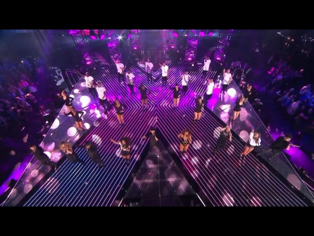 Little Mix @.cncomusic absolutely slayed their performance on @.thexfactor last night! Hands up if you enjoyed it as much as us 💃 Watch it right here! Power ReggaetónLento youtu.be/e77J4g0LMOk