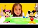 Polen ile kızoyunları. Mickey Mouse laboratuarı oyunu. Zıplayan topları yapıyoruz ve slimeoyunları