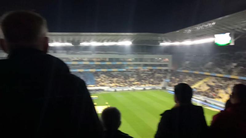 Гімн України пeрeд матчeм Україна-Словаччина