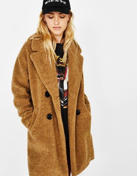 Пальто с запахом из искусственной овчины