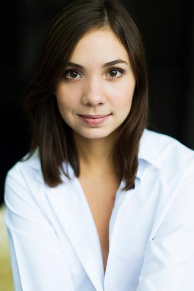 Анастасия Санарова