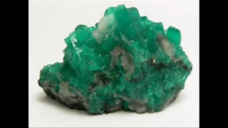 Драгоценные камни и минералы Изумруд
