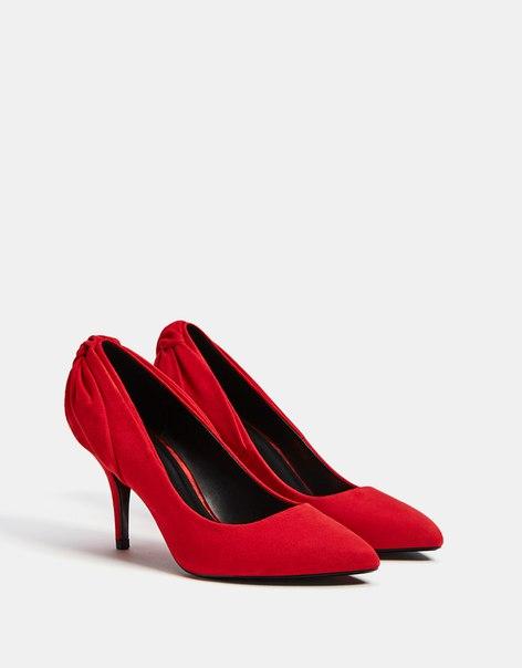 Туфли с бантом, на тонком каблуке