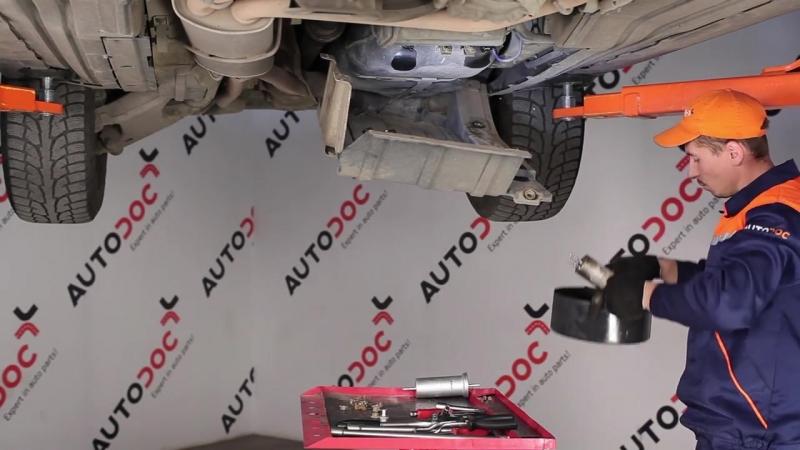 BMW X5 E53 замена топливного фильтра (дизель и бензин)