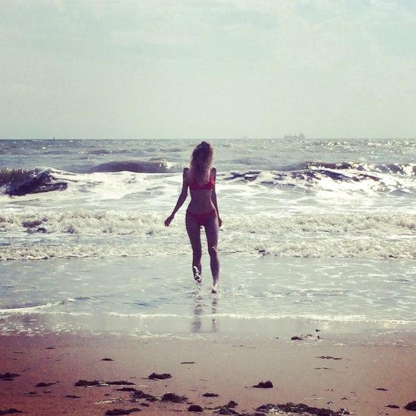 Скачать mp3 пустынный пляж