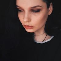 Аня Мельникова
