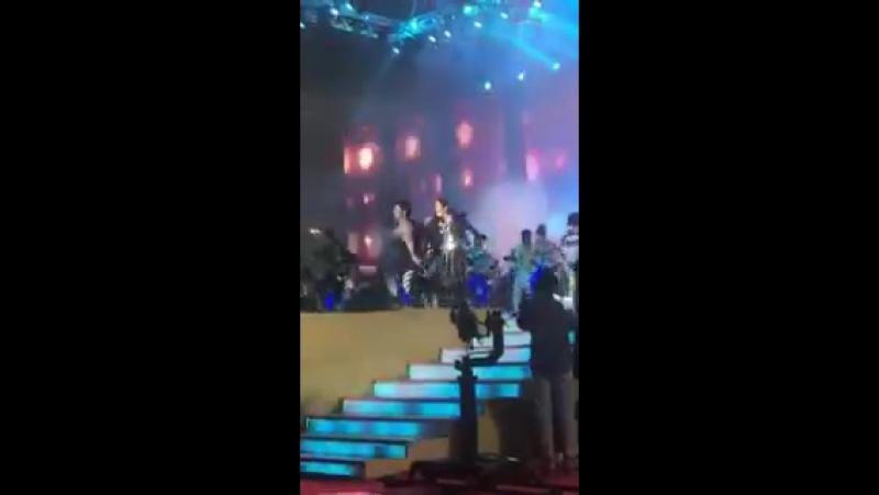 Выступление Варуна и Алии на «RIL 40»