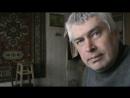 Геннадий Горин стреляет резиновыми пульками из игрушечного пистолета по мишеням