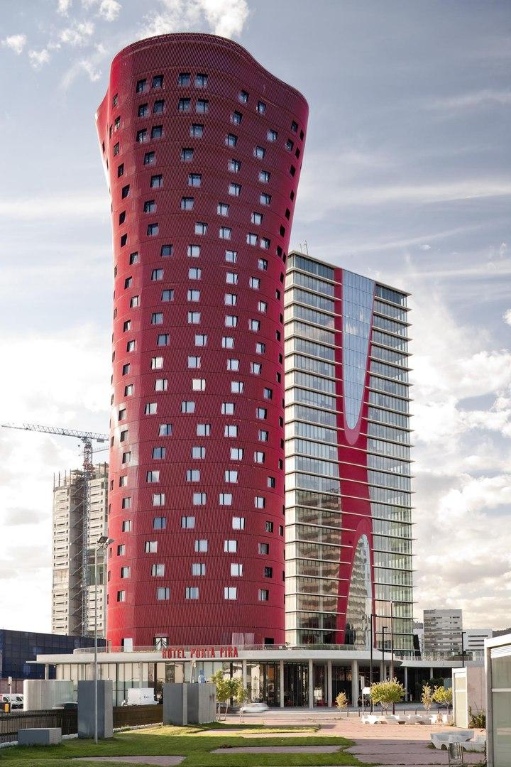 Яркая архитектура