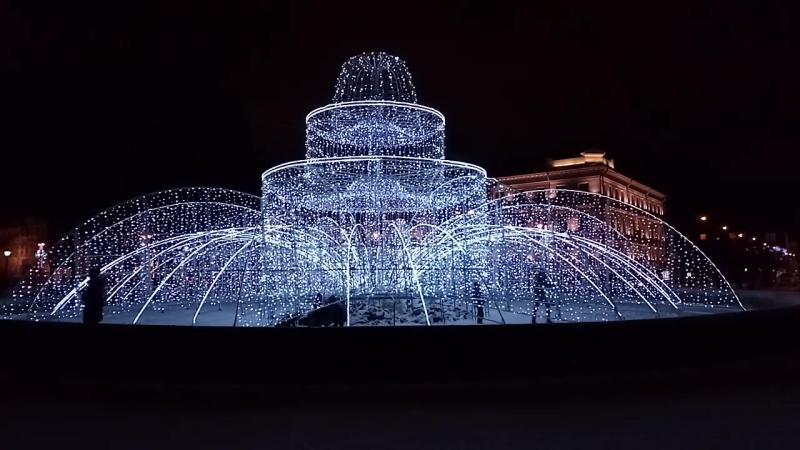 Фонтан в Александровском саду на Адмиралтейском проспекте