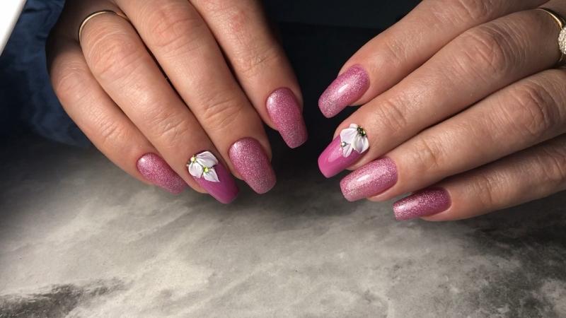 Розовый с блёстками