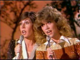 Helen Reddy &amp Jane Fonda sing Songs 1979