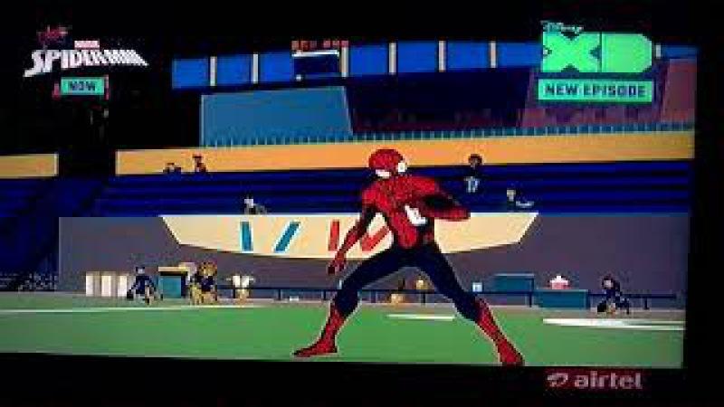 Marvel's spider man episode 14 venom attacks mid town high students clip 7
