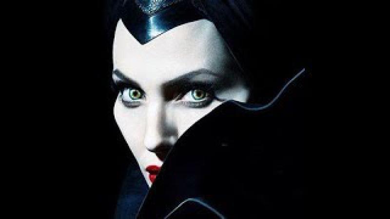 Колдует ли Анджелина Джоли?Мнение карт таро.