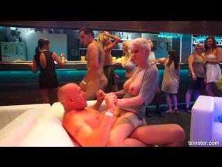 Hardcore orgy party in the nightclub [ full - vk.com/porno_se ]