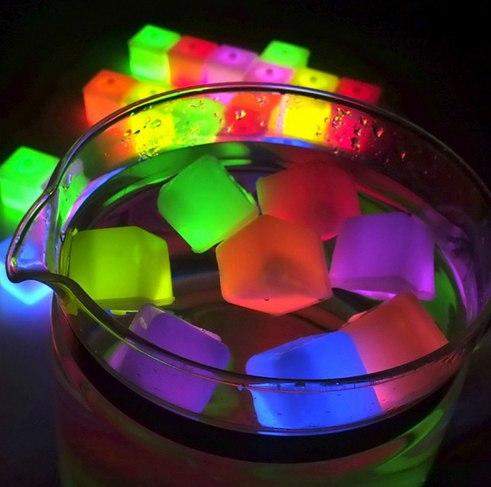 Светящийся кубик за 075