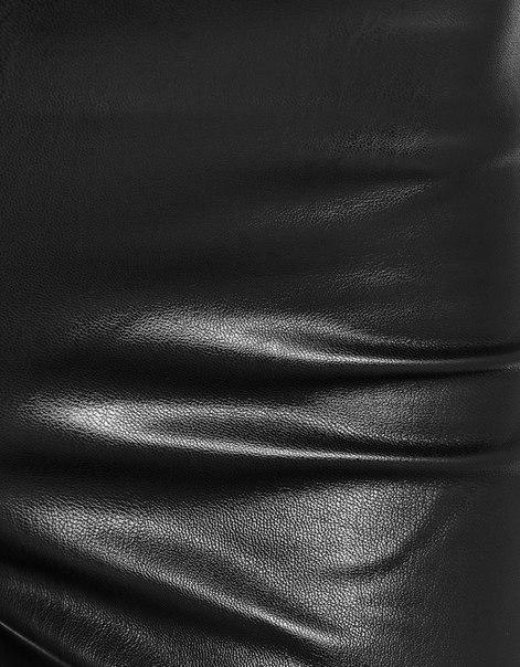Расклешенные брюки из искусственной кожи