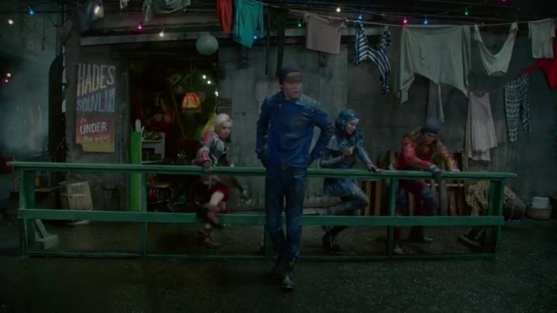 Chillin' Like a Villain (From 'Descendants 2')_HIGH