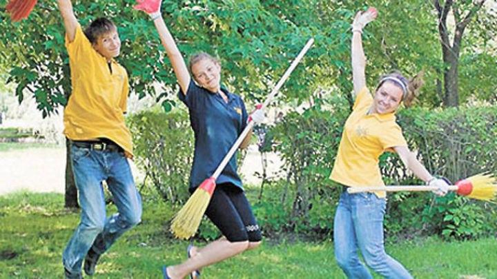 Более 40 школьников в Зеленчукском районе устроились на временную работу